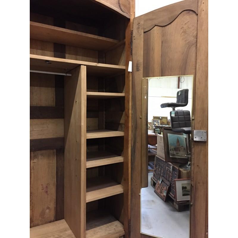 Armoire ancienne 2 portes de style louis xv troc 3000 fr jus for Armoire ancienne 2 portes